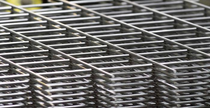 Standard mesh panels